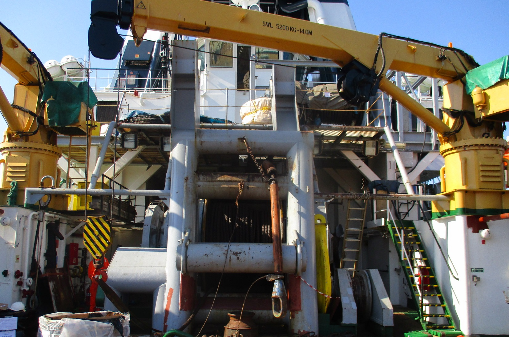 marine-surveyor-barcelona-cmid-inspection-imca