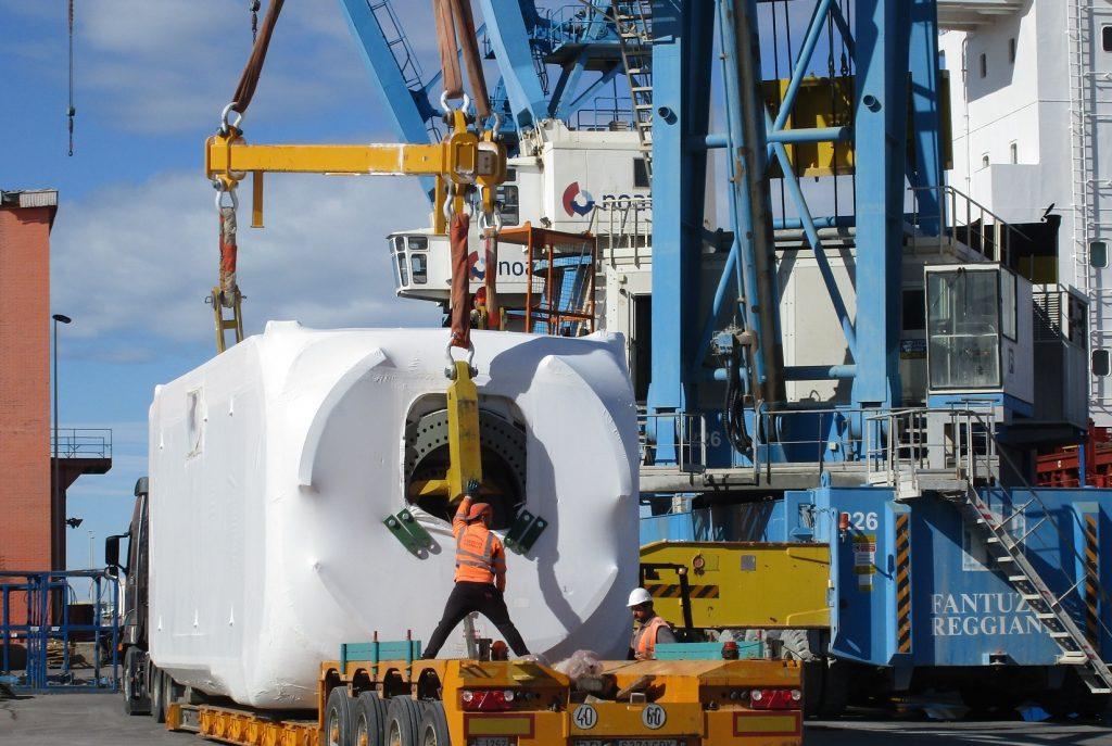 marine-surveyor-castellon-break-bulk-windmill-nacelles-hubs-supervision