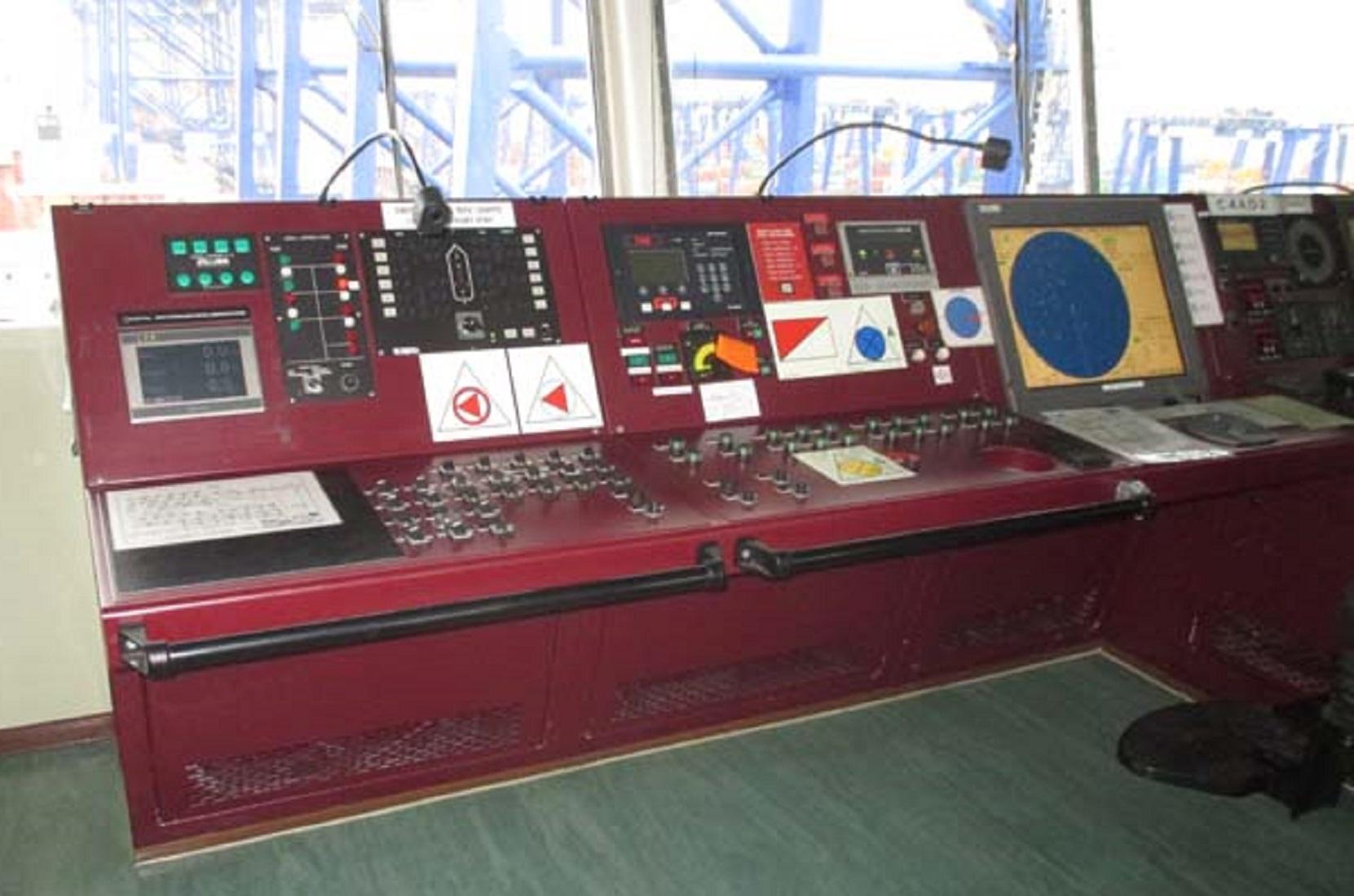 marine-surveyor-algeciras-ship-prepurchase-containership