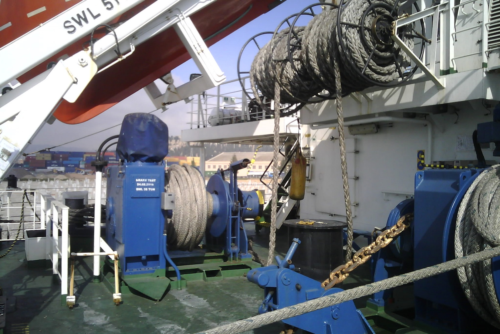 barcelona-marine-surveyor-pre-charter-chemical-tanker-survey-